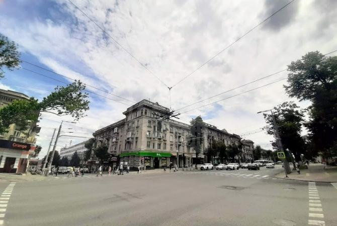 Центр, п-кт Штефан чел Маре