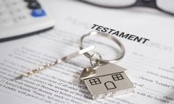 Cum devenim moștenitorii unui imobil?