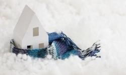 Cum îți protejezi locuința când pleci în vacanță?